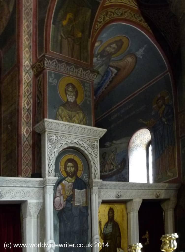 Interior of the Kapnikarae Church, Athens - www.worldwidewriter.co.uk