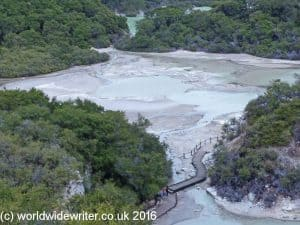 Frying Pan Flat, Waiotapu