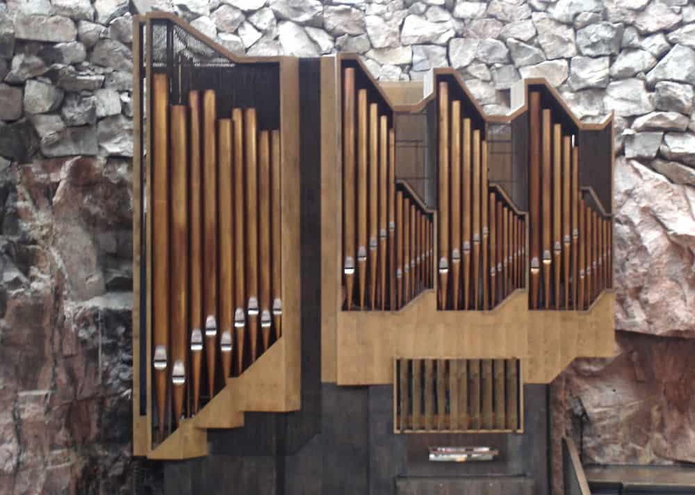 Temppeliaukio organ
