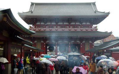 Rain, Incense and Fortune Telling at Tokyo's Senso-ji Temple