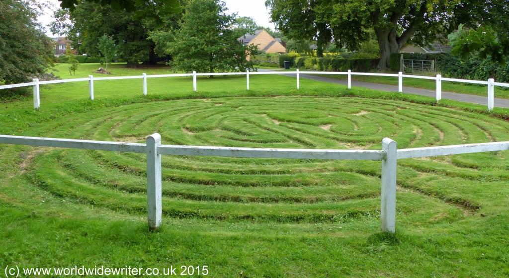 Wing Maze, Rutland - www.worldwidewriter.co.uk