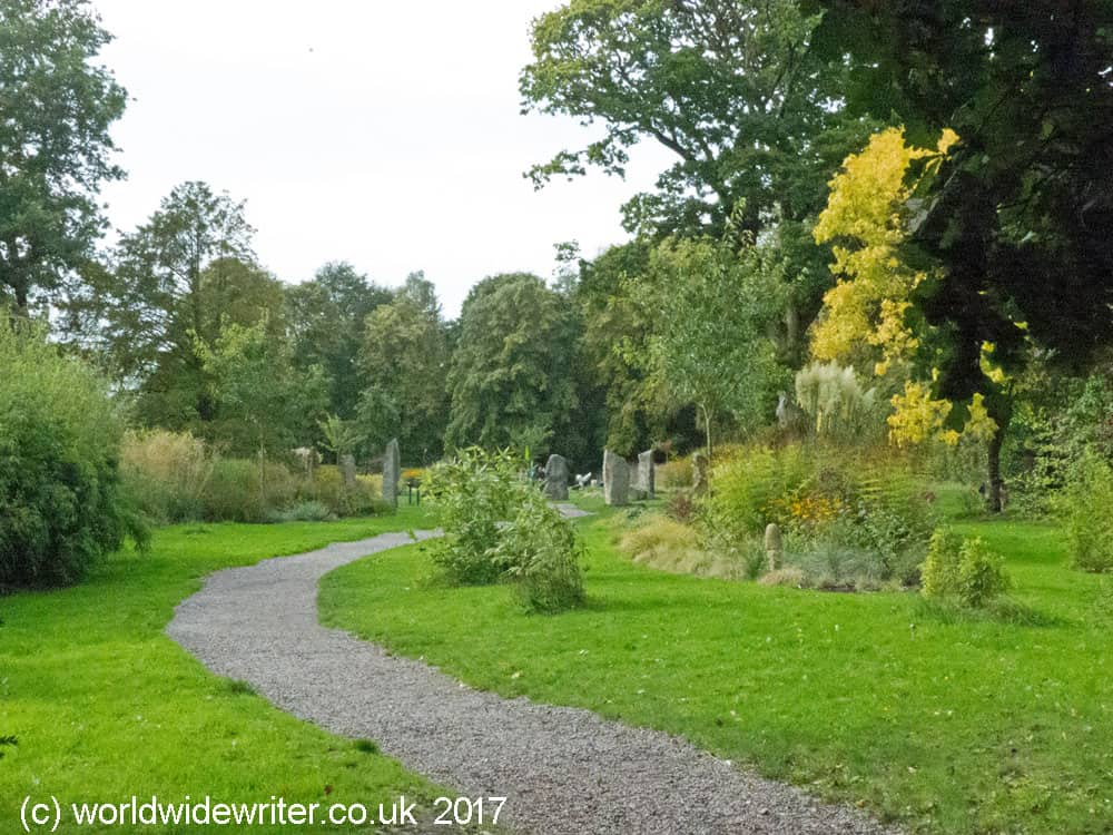 Blarney Castle More Than Just A Kissing Stone: sisters garden