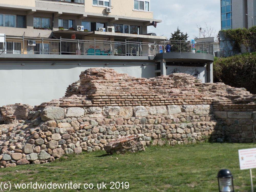 Western-wall-Sofia