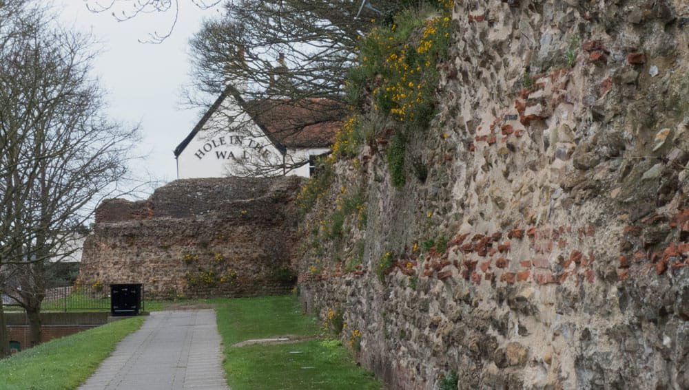 Colchester city walls