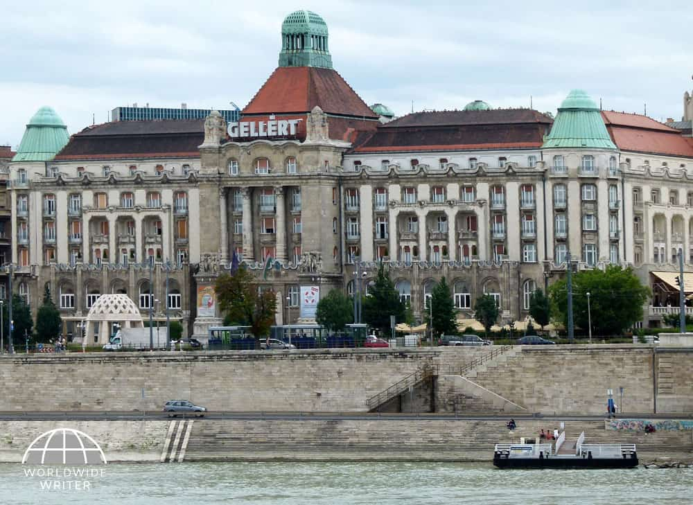 Grand building of the Gellert Baths with the river in front