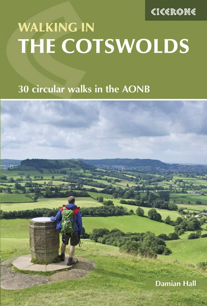 Walking in the Cotswolds cover picture