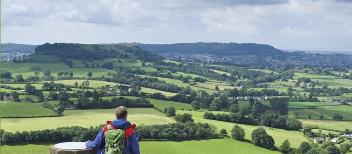 Cover Picture Walking in the Cotswolds