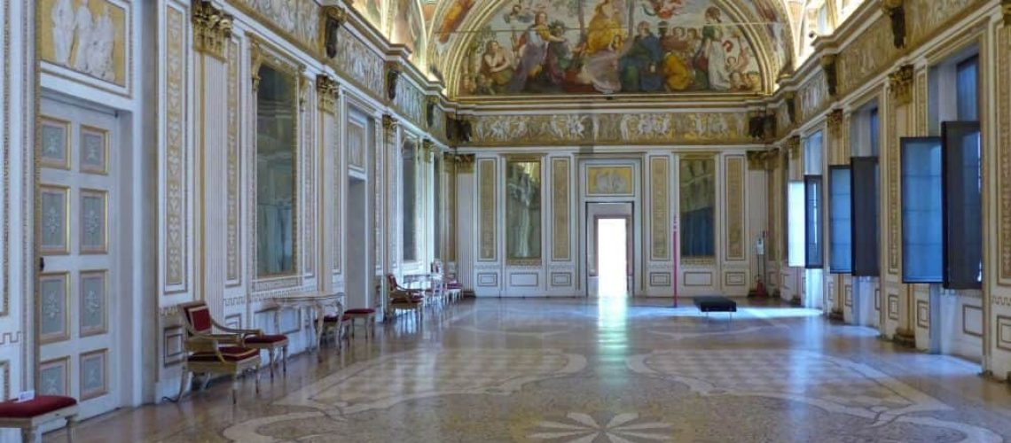 Gallery of the Mirrors, Ducal Palace, Mantua - www.worldwidewriter.co.uk
