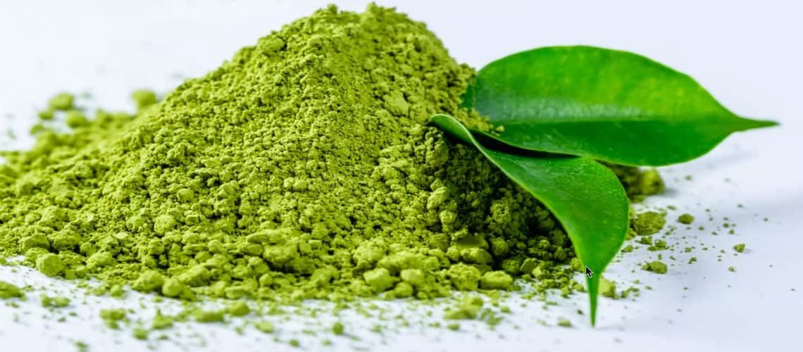 Powdered green tea and green leaf