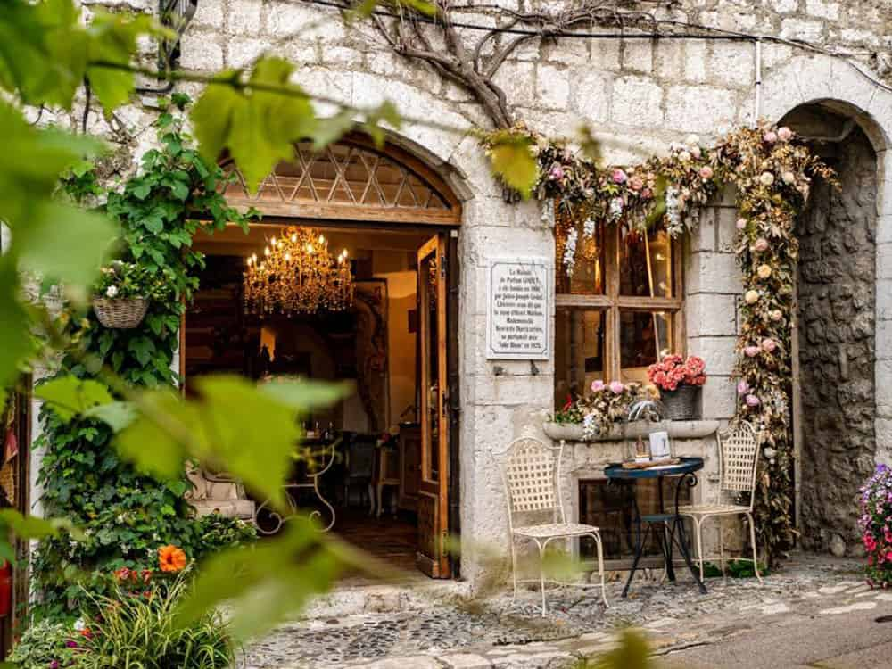 Restaurant exterior surrounded by ivy